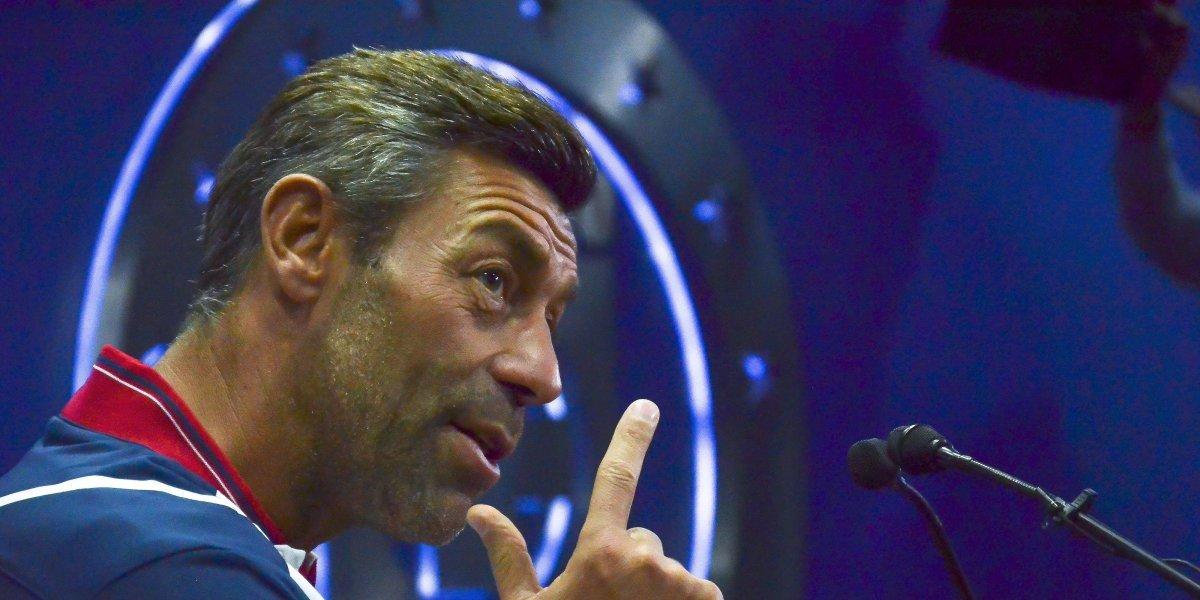 'Tengo las pelotas en su sitio': Caixinha responde a Walter Montoya