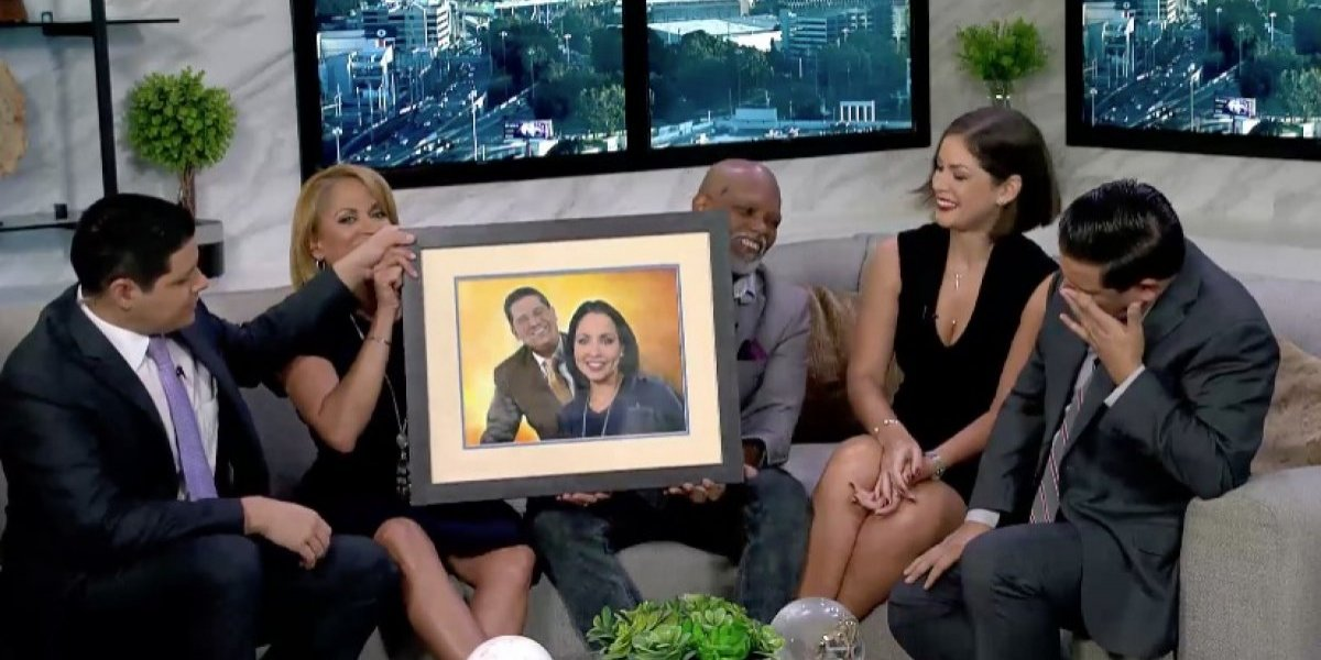 Pintor entrega a Normando Valentín emotivo cuadro junto a Keylla Hernández