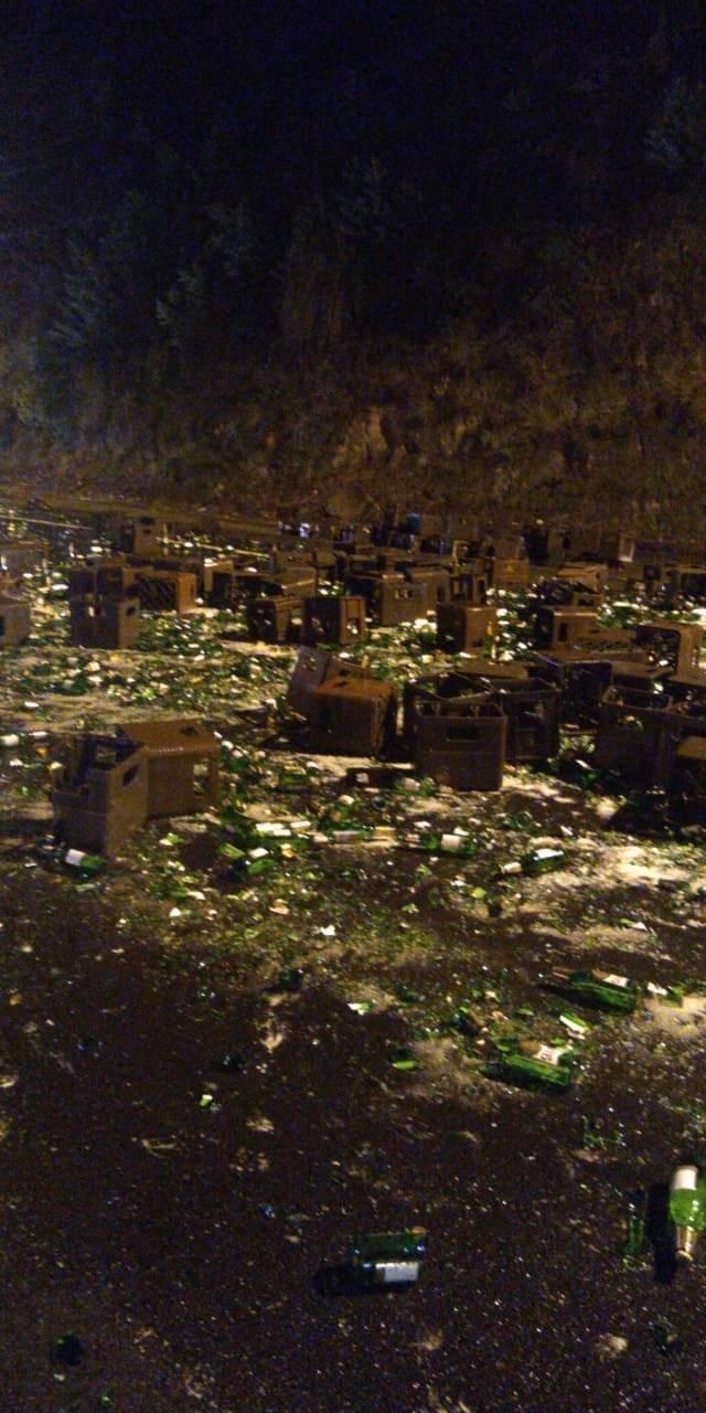 Decenas de javas de cerveza se derraman en la Panamericana Sur Twiter