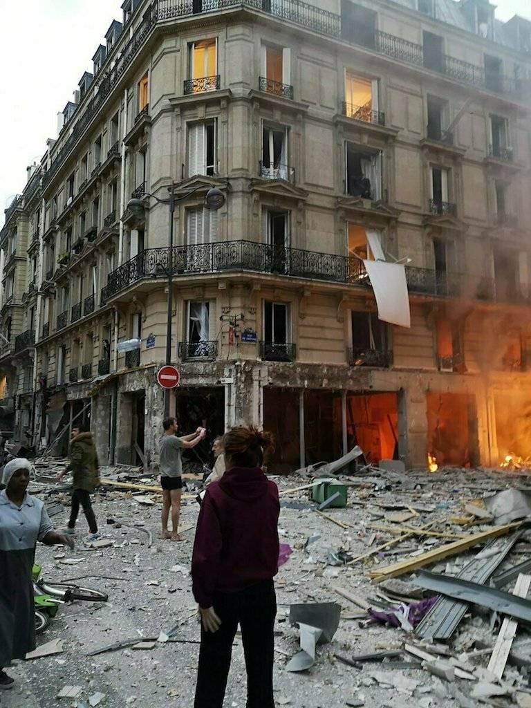 Explosión por acumulación de gas en París deja dos muertos Foto: AP