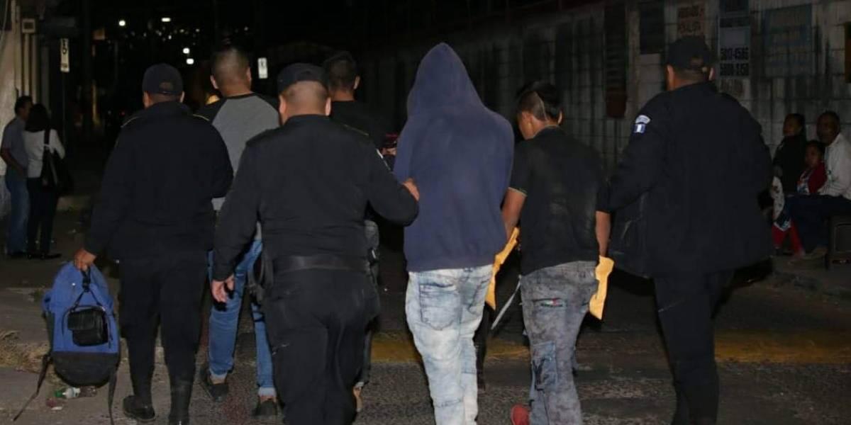 Dos adultos y dos menores son capturados en Linda Vista, Villa Nueva