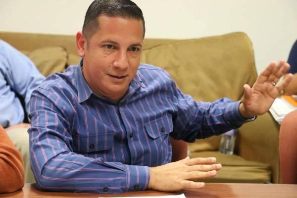 Clemente Chito Agosto, alcalde de Toa Alta.