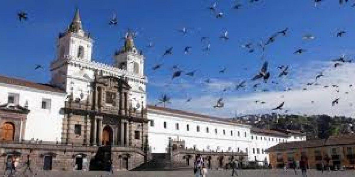 ¿Por qué es polémica la segunda estrofa del himno de Quito?