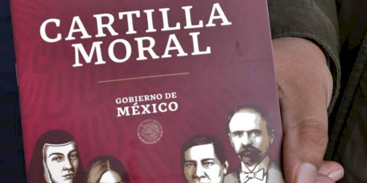 Evangélicos iniciarán entrega de Cartilla Moral de AMLO