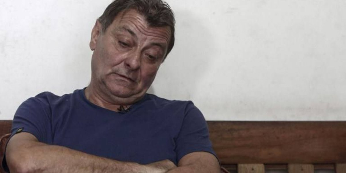 Exactivista Cesare Battisti es entregado a las autoridades de Italia