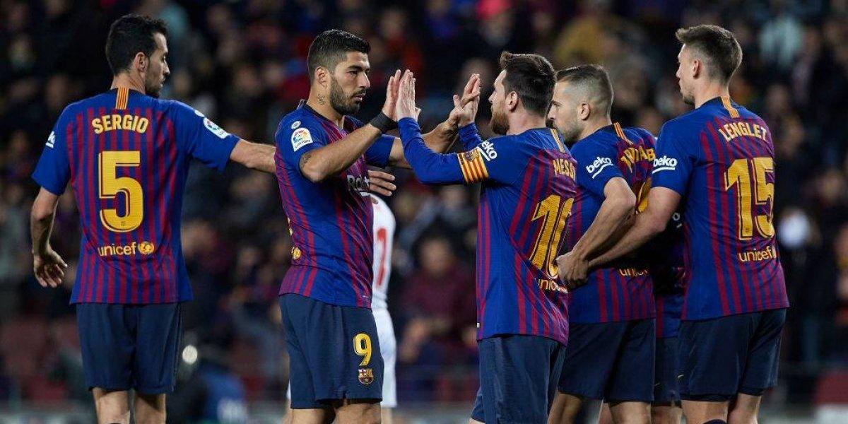 Arturo Vidal ingresó desde la banca en la contundente goleada de Barcelona sobre Eibar