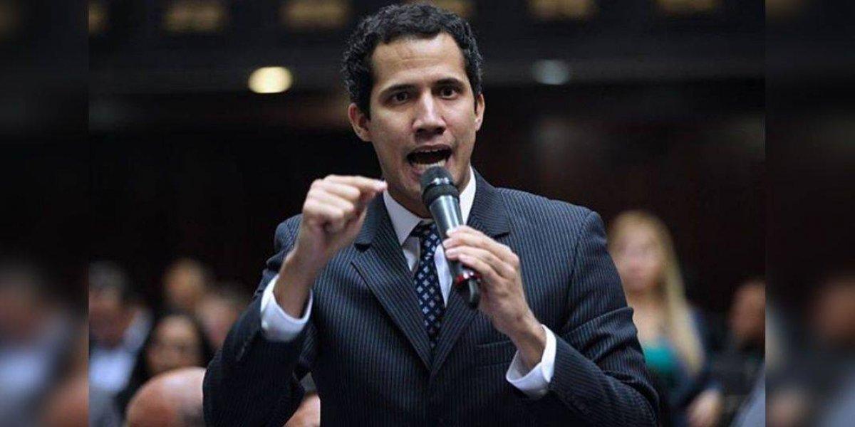 Denuncian que arrestaron a Juan Guaidó