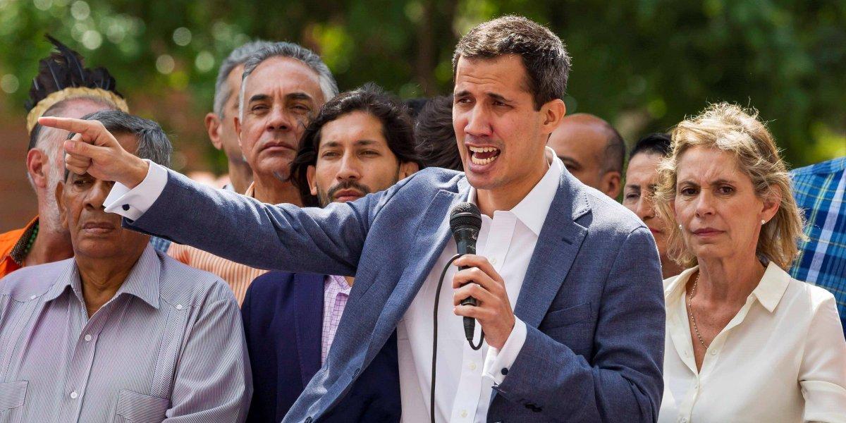 Congelan cuentas de Juan Guaidó y prohiben su salida de Venezuela