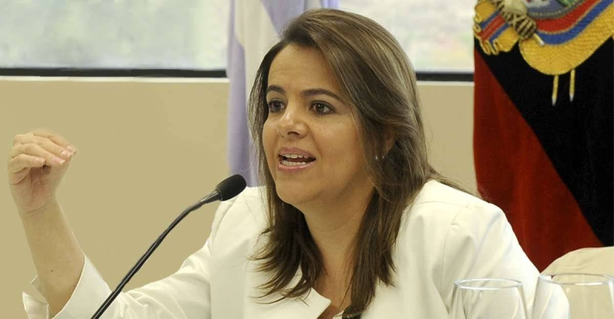 María Paula Romo API