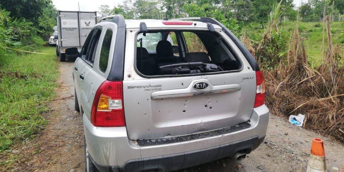 Sucumbíos: Un policía muerto y dos heridos tras operativo antinarcóticos