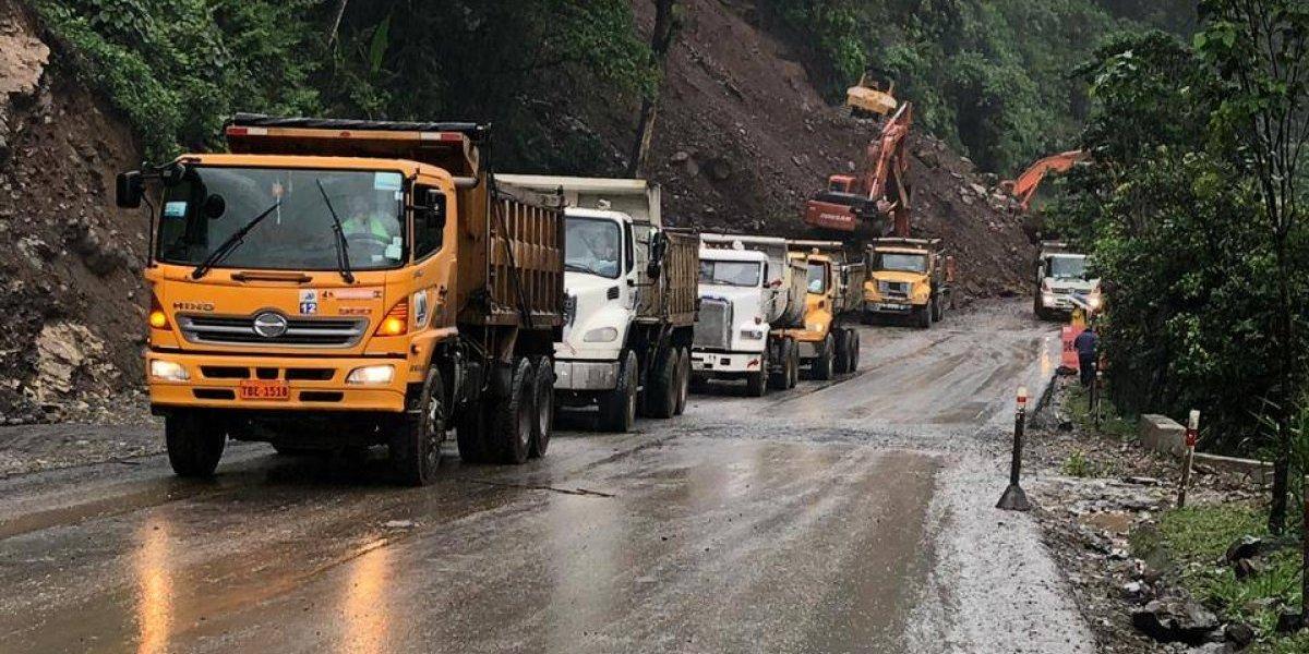 Esta es la situación de la vía Alóag- Santo Domingo