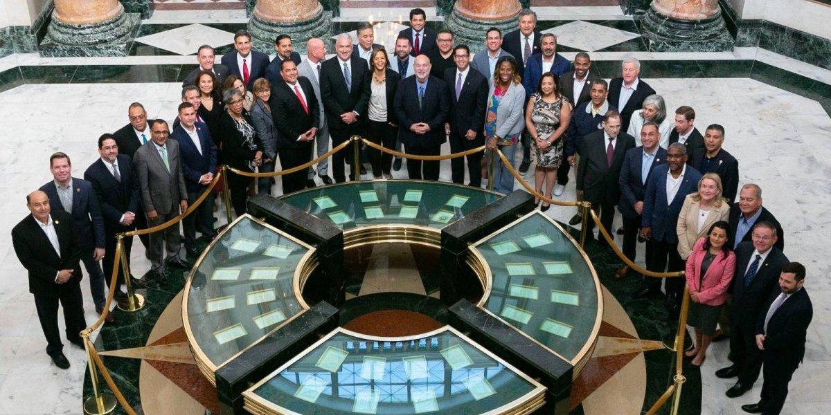 Congresistas defienden su visita a Puerto Rico