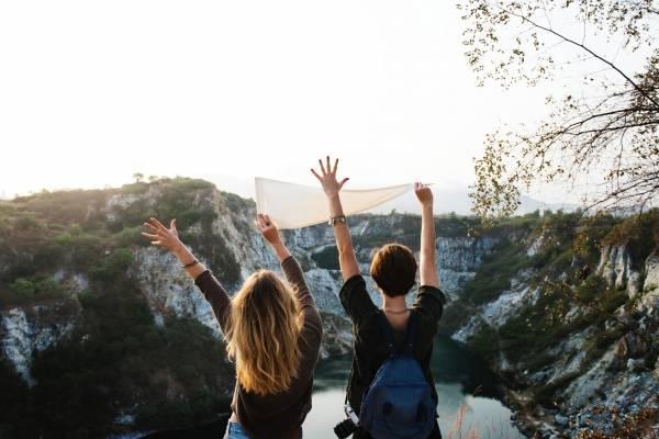 gastar dinero en viajes da más felicidad que compras bienes materiales