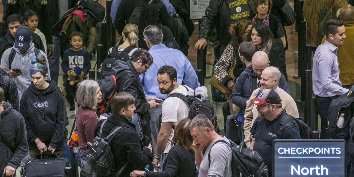 Largas demoras en aeropuerto de Atlanta por cierre federal