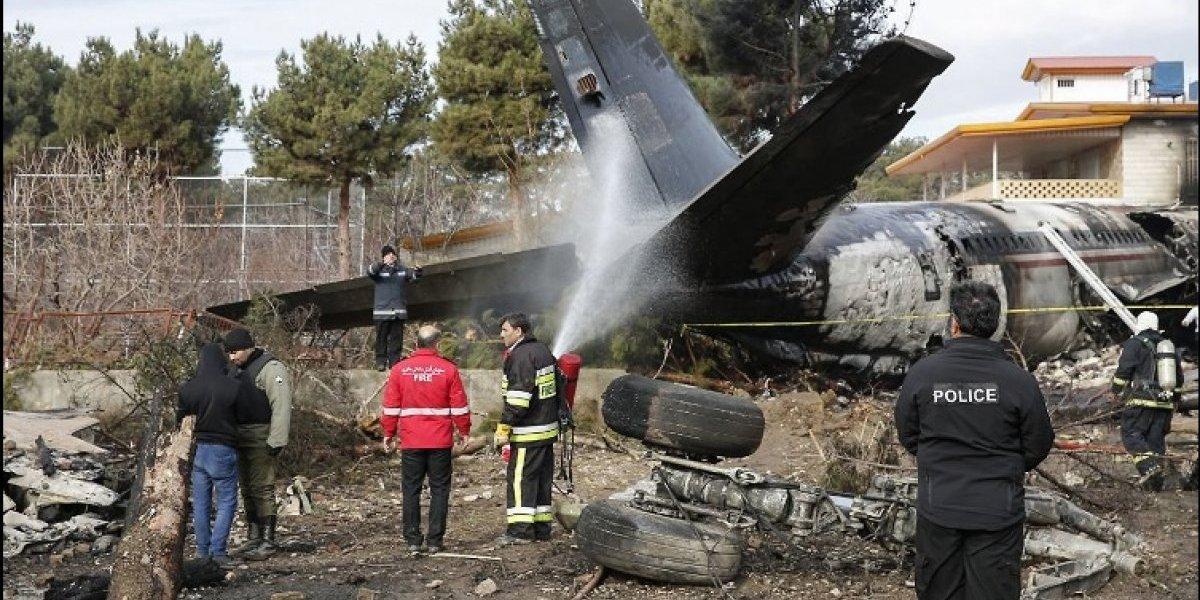 Mueren 15 personas al estrellarse un avión de carga al oeste de Teherán