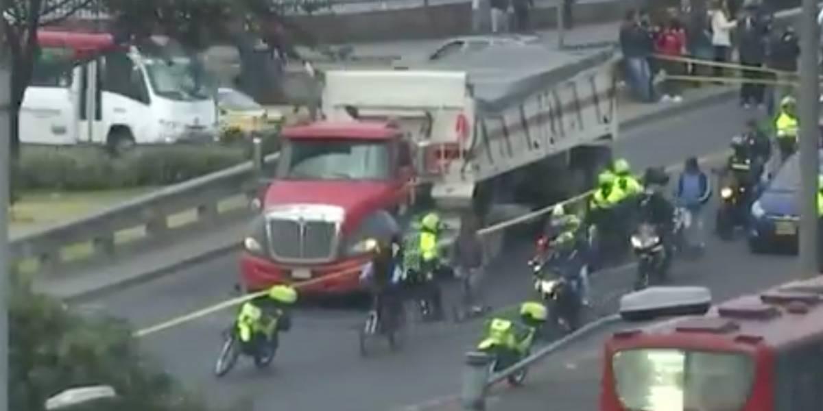 Accidente en la Avenida Las Américas con carrera 68 deja una ciclista muerta