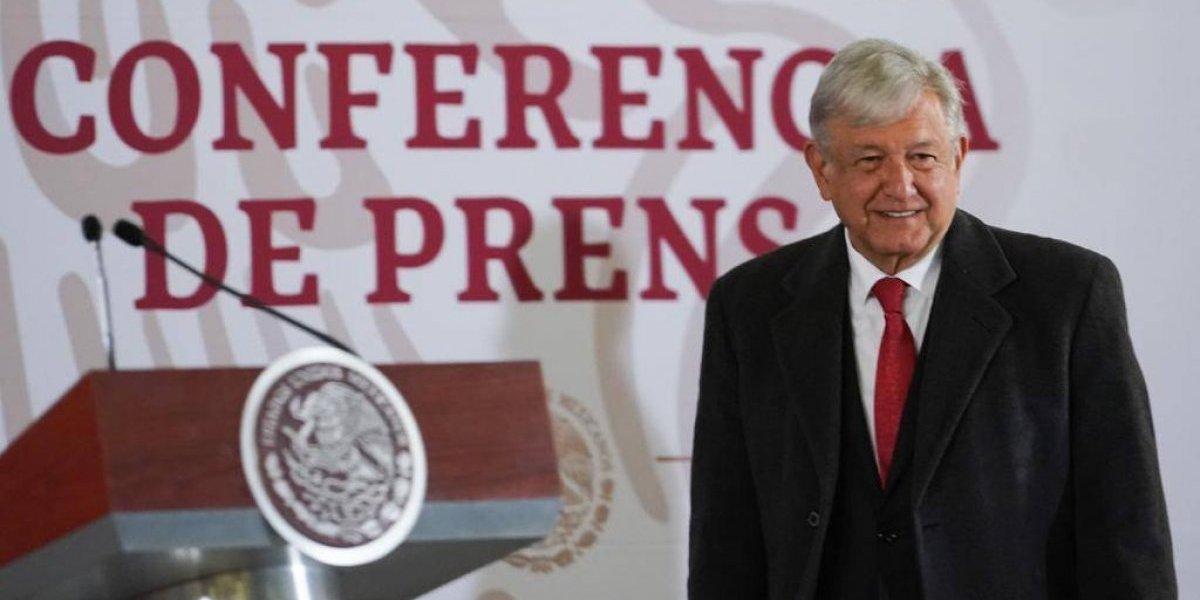 Tres altos funcionarios de Pemex irán a juicio por huachicoleo