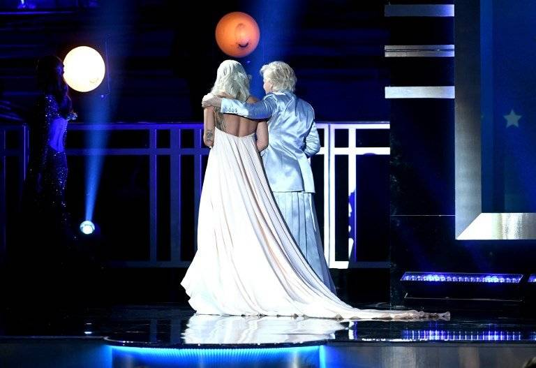 Glenn Close y Lady Gaga
