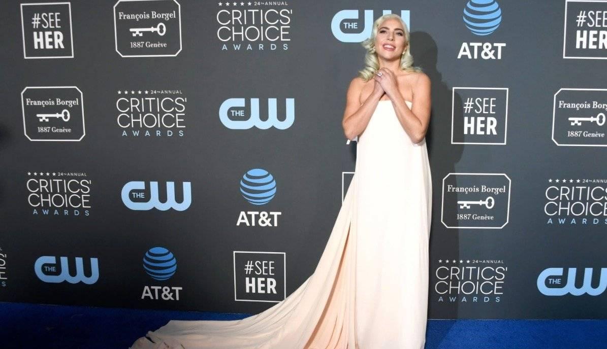 Lady Gaga y su vestido para los Critics