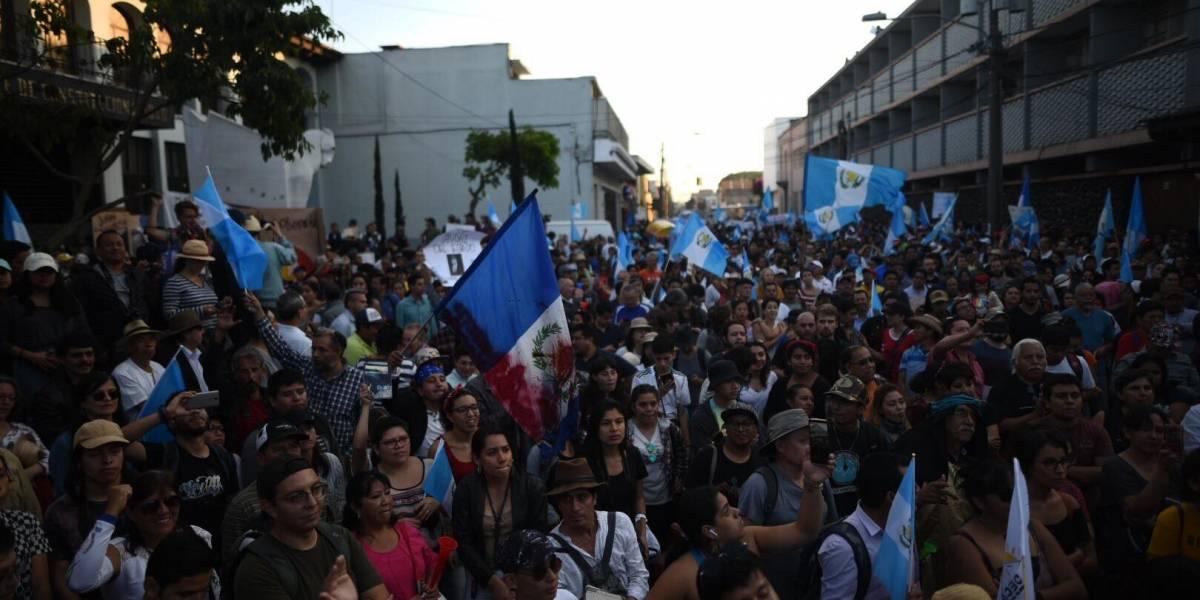 Convocan a manifestar en contra de la gestión de Jimmy Morales