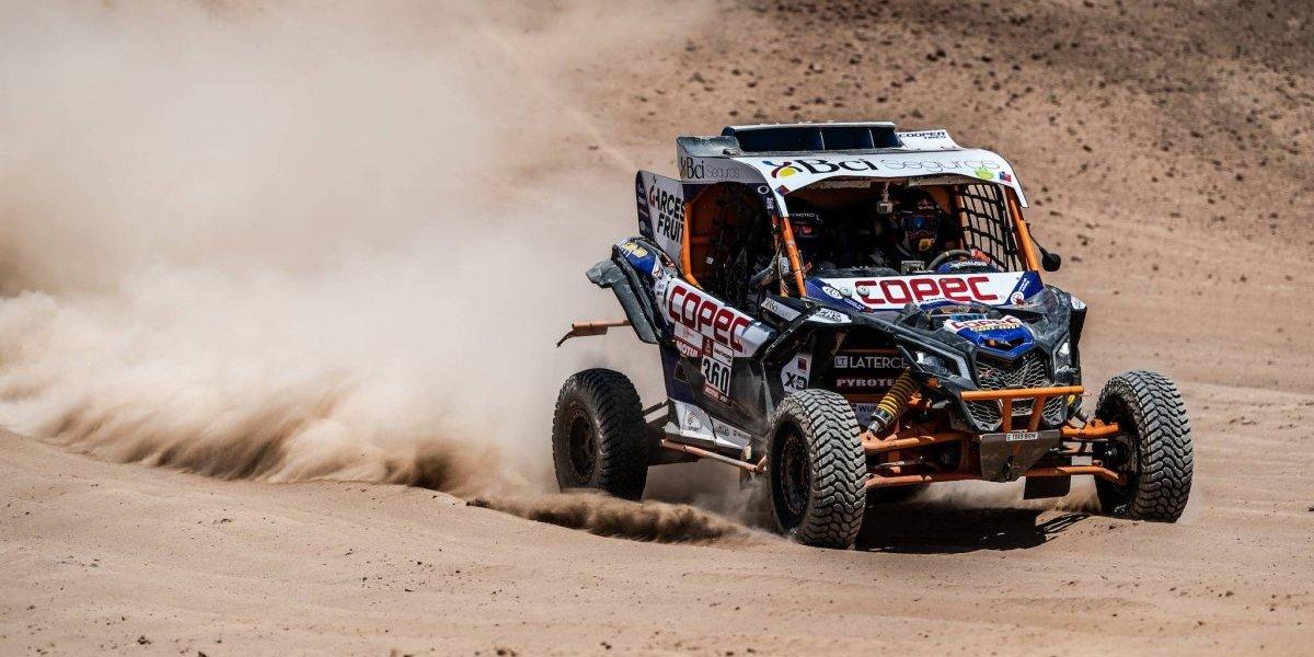 Chaleco López aprovecha un día de locos para meterse con todo en la pelea por el título del Dakar 2019