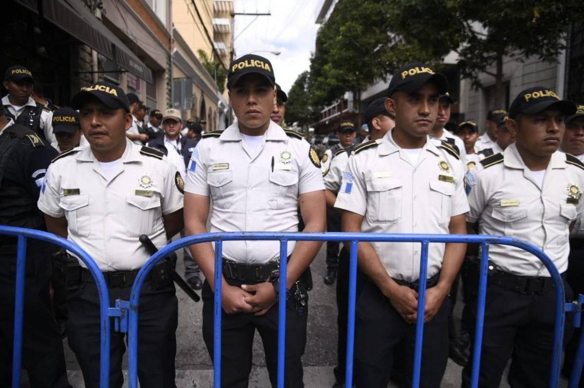 PDH critica presencia policial por informe de Jimmy Morales