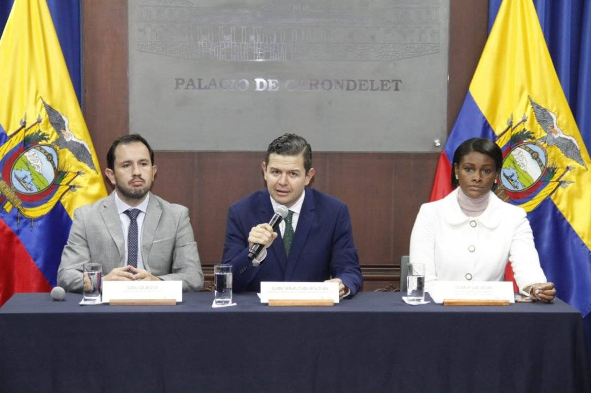 Juan Sebastián Roldán, Iván Granda y Diana Salazar SECOM