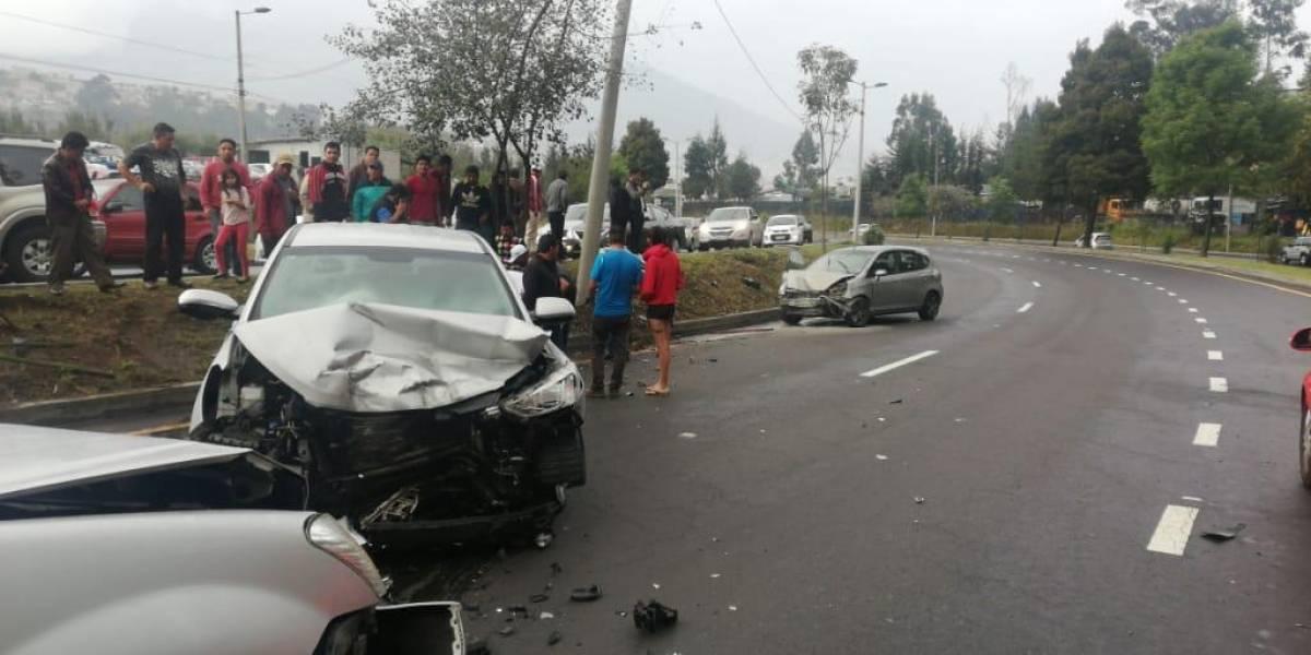 11 heridos tras accidente de tránsito en la Simón Bolívar