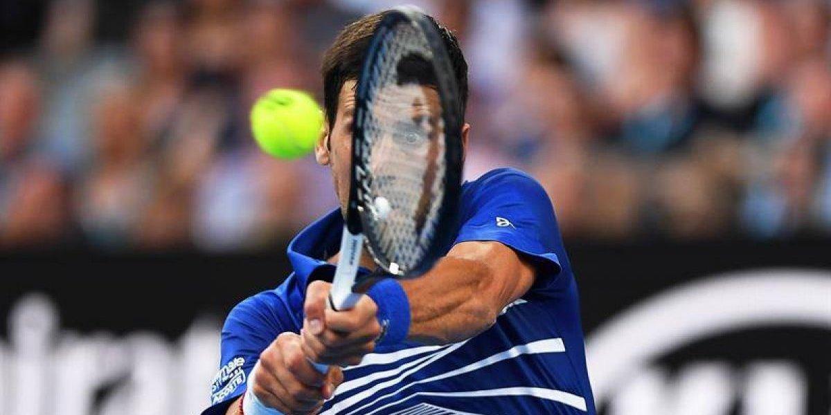 En Australia, Novak Djokovic y Serena Williams se pasean sobre la cancha