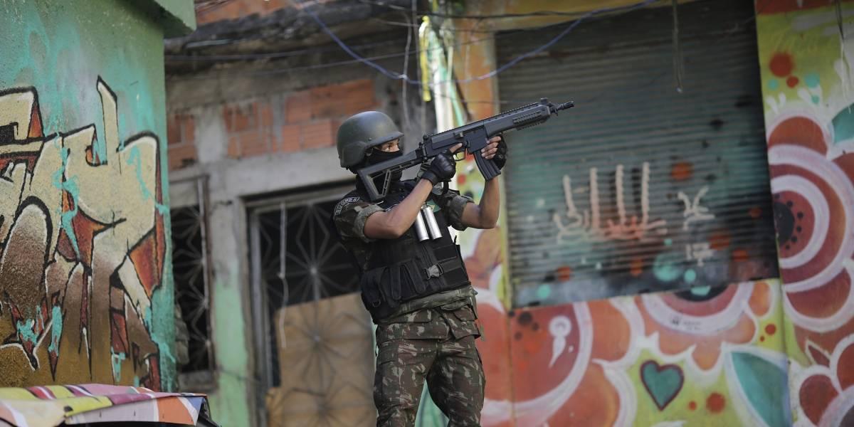 Carta blanca al crimen en Brasil: Bolsonaro permite el porte de armas y da más poder a una sociedad sometida al crimen organizado