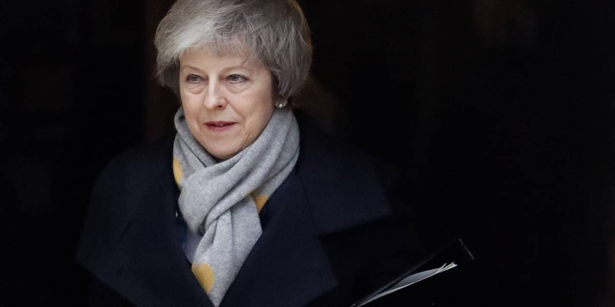 """¿Qué sigue tras el rechazo al acuerdo del """"brexit"""" de Theresa May?"""