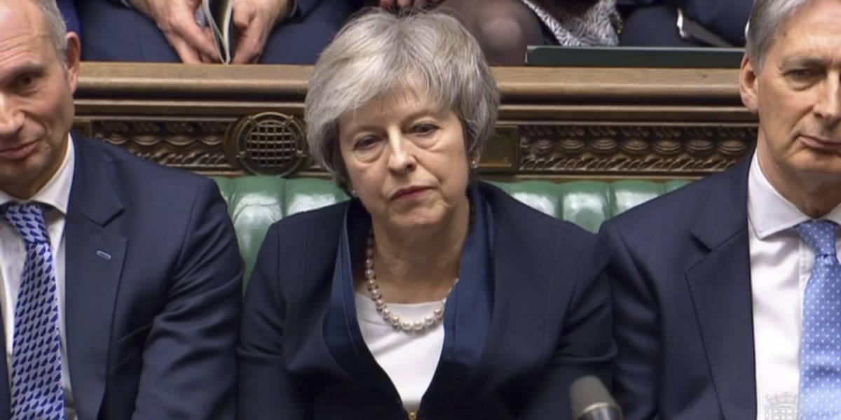 Contra el tiempo: en un intento desesperado se anuncia nueva cita para aplazar el Brexit