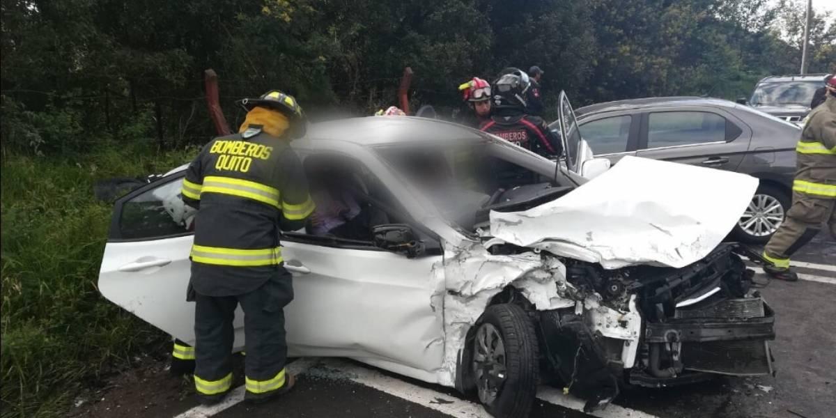 Accidente de tránsito en la avenida Simón Bolívar, sector de El Troje