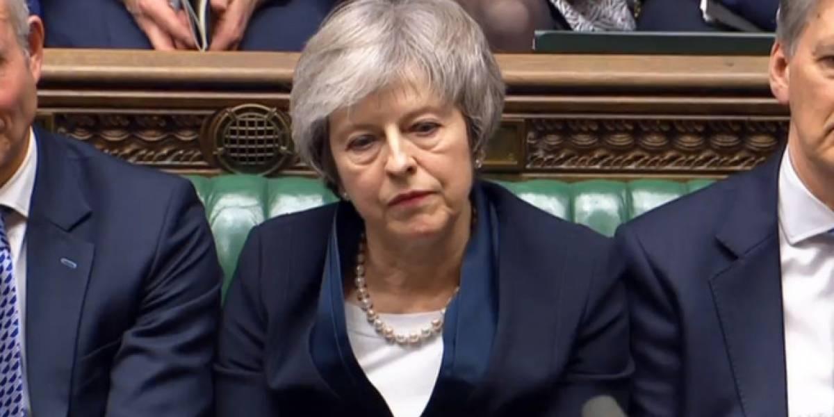 El pacto de Brexit de May se estrella en el Parlamento