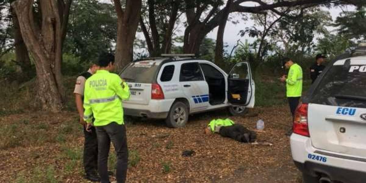 Leonardo Fabricio Chila Bajaña, policía que murió en un patrullero en el Naranjal