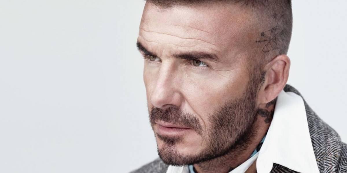 David Beckham rompe todos los estereotipos usando maquillaje
