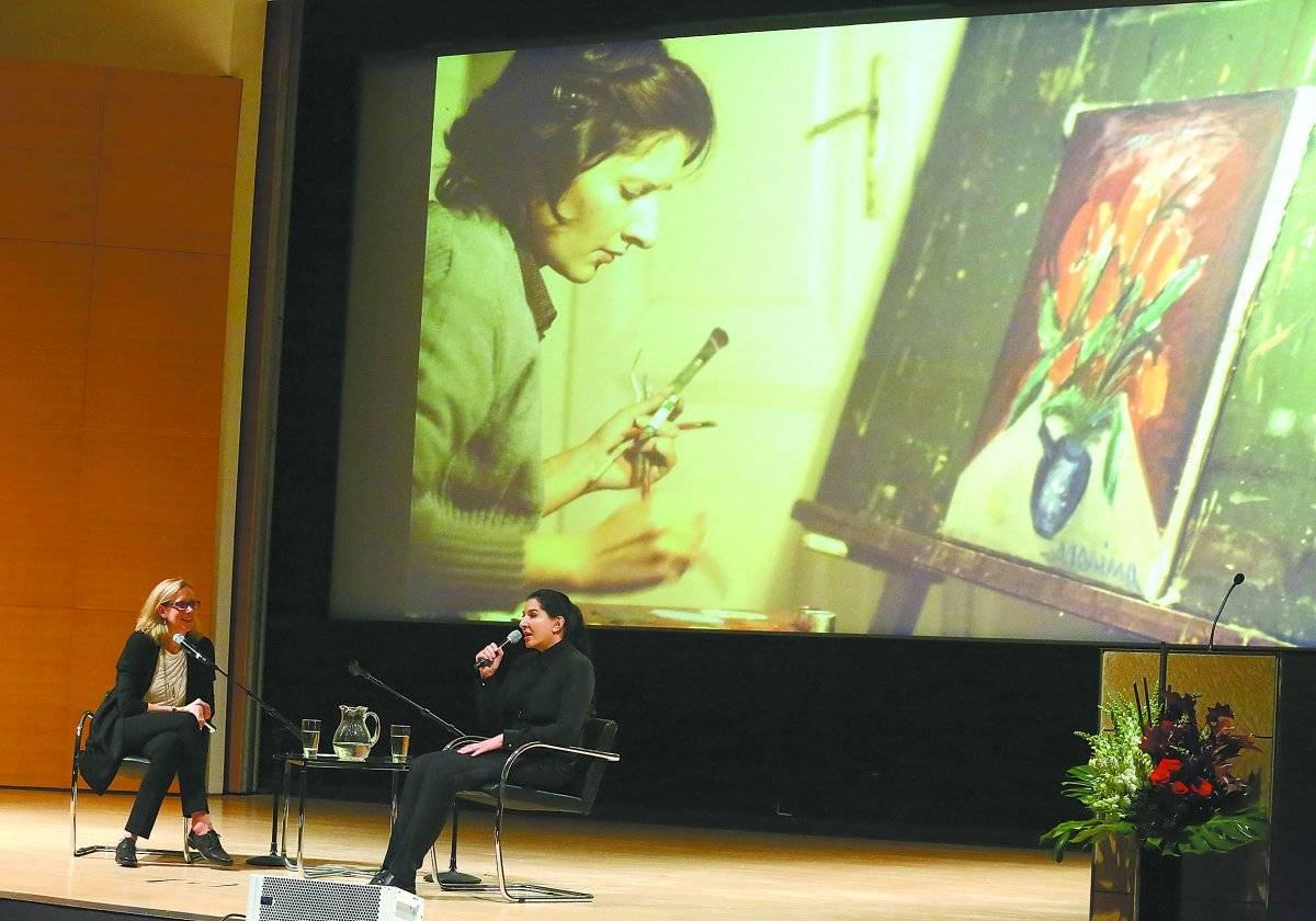 1. Pintora. Aos 22 anos, quando ainda estava estudando para ser pintora na Iugoslávia. Getty Images