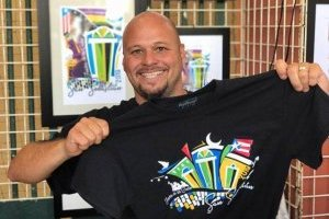Para adquirir las camisas creadas por John puedes contactarlo a través de Facebook en el perfil John Serrano Creative Arts. / Suministrada