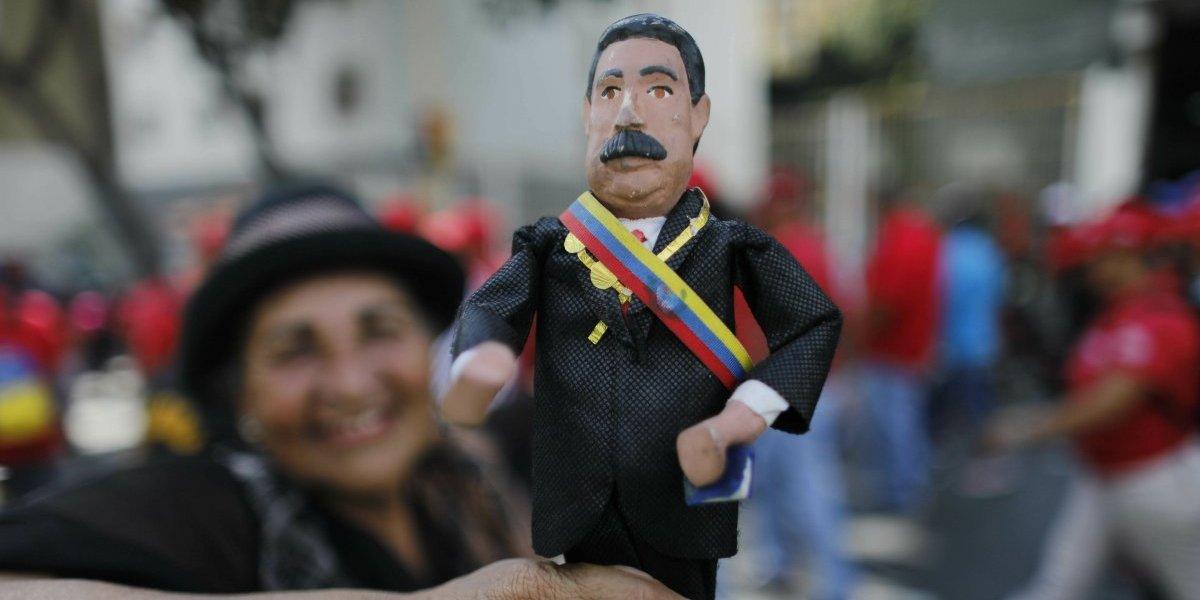 """Amnistía para militares y policías contra Maduro: Asamblea Nacional aprueba decreto para """"la restitución del orden constitucional"""" en Venezuela"""