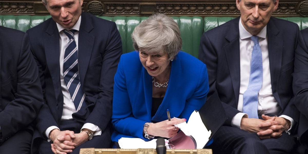 May supera la moción y no se va: ¿Qué viene ahora para el Brexit?