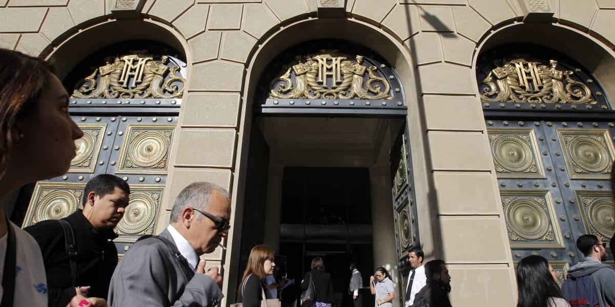 Precaución para los amigos del viático generoso: Gobierno lanzó programa para controlar gastos en 200 servicios públicos