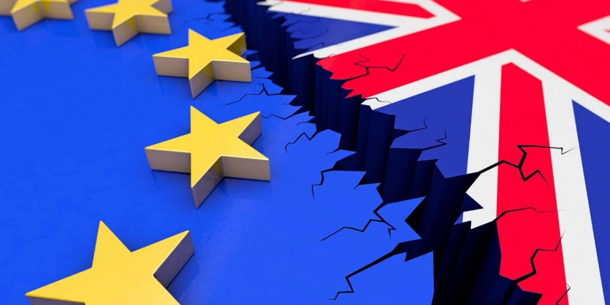 Británicos aterrados con el Brexit se organizan por Internet y compran kits de supervivencia