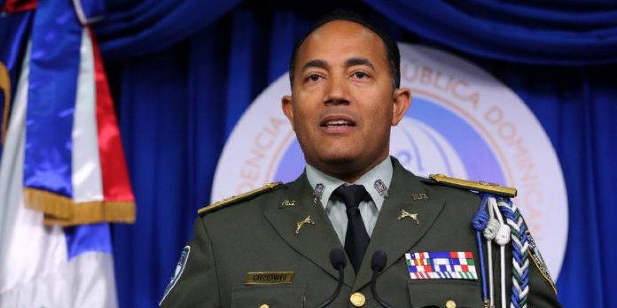 """Policía mueve al general Brown tras declaraciones hermano de """"Buche"""""""