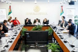 https://www.publimetro.com.mx/mx/noticias/2019/01/16/quienes-los-10-aspirantes-a-la-fiscalia-general-la-republica.html
