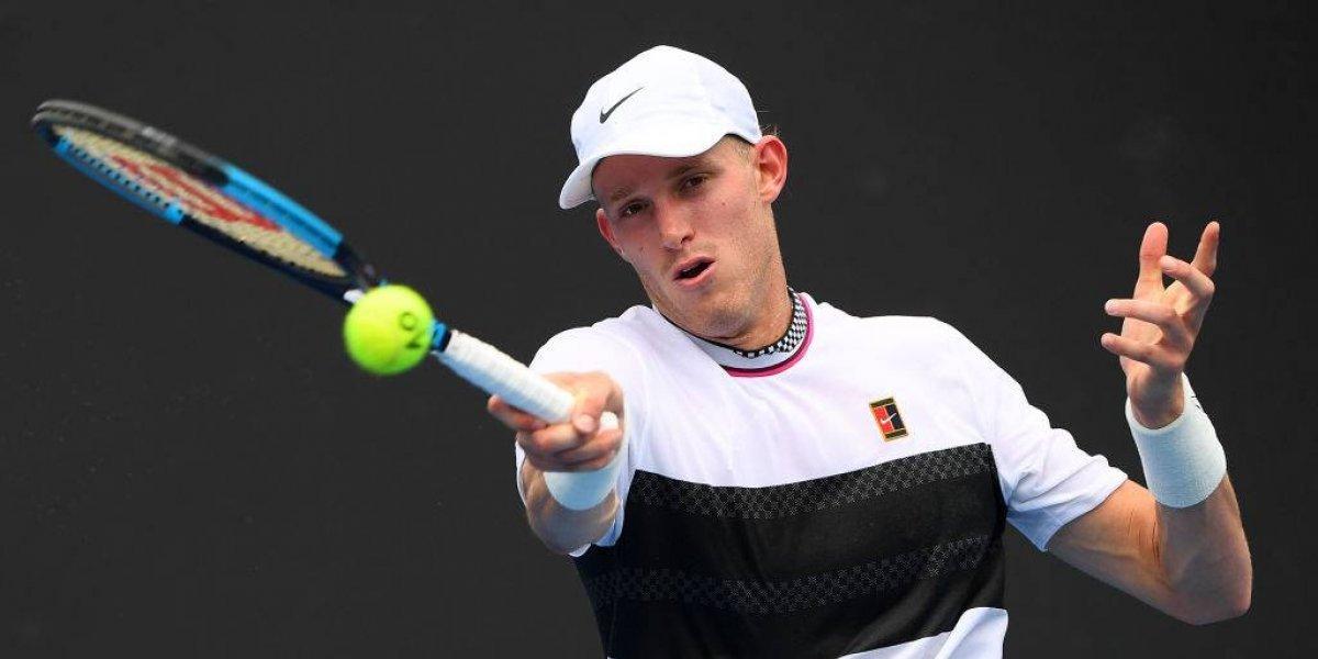 Jarry se sacó la derrota de singles y avanzó a la siguiente ronda de dobles en el Abierto de Australia