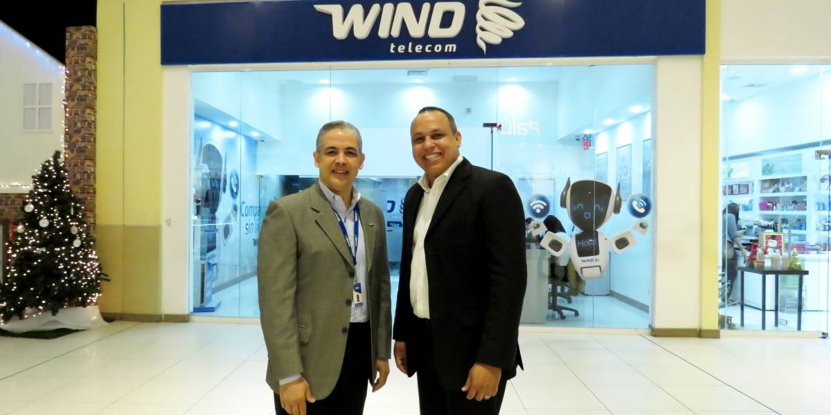#TeVimosEn: Wind Telecom inaugura oficina en Multiplaza La Romana