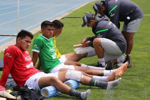 Los seleccionados bolivianos se preparan para el debut en el Sudamericano /Imagen: Sitio web FBF