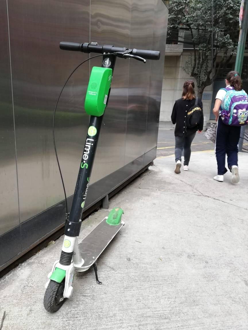 Los vecinos se quejan por estos vehículo Foto: Nicolás Corte