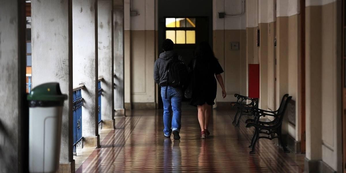 Desesperada búsqueda de joven en Concepción: universitaria sufre el robo de su mochila con todo el material de su tesis