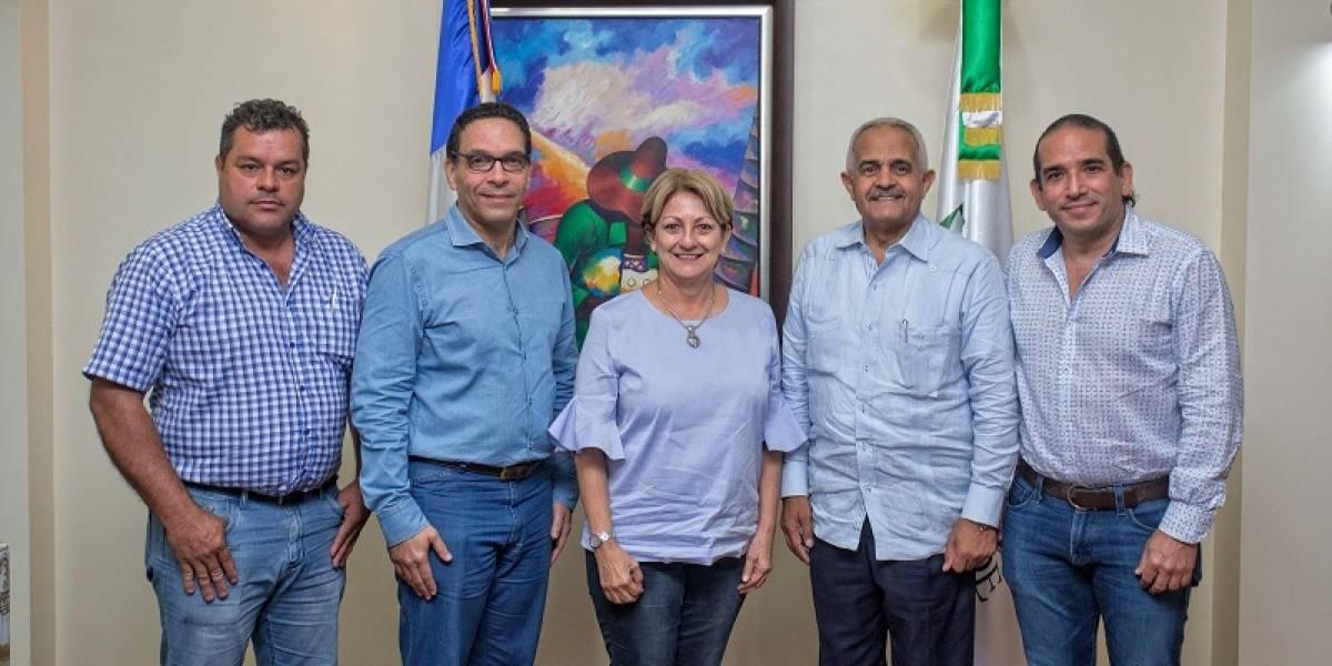 #TeVimosEn: Induban recibe en sus plantaciones a ejecutivos del ICAFE